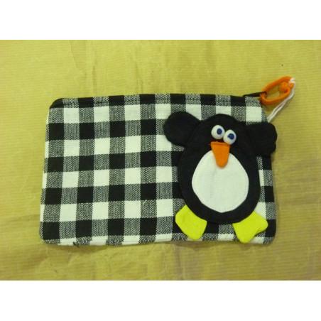 Estuche, Pingüino Percival