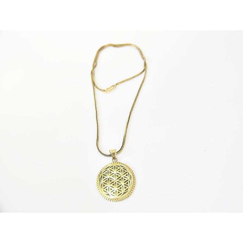 Medallón de latón diseño grabado