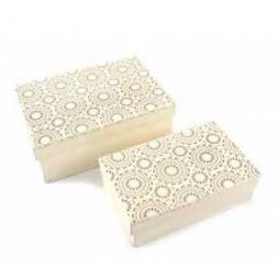 Caja metal blanco tallada