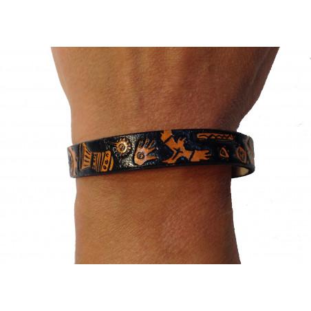 Brazalete cuero negro dibujo naranja