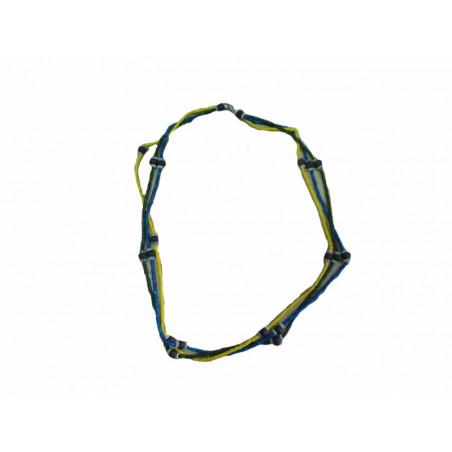 Collar amarillo, azúl y verde