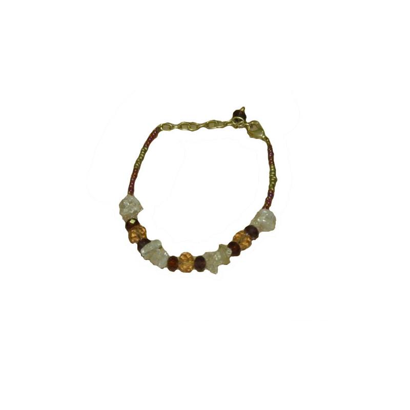 Pulsera dorada con cuentas de cristal